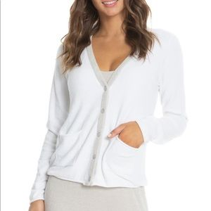 Barefoot Dreams   Contrast Tipped Cardigan